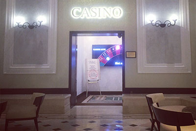 Wheelchair user kicked out of Bucharest casino because of disability