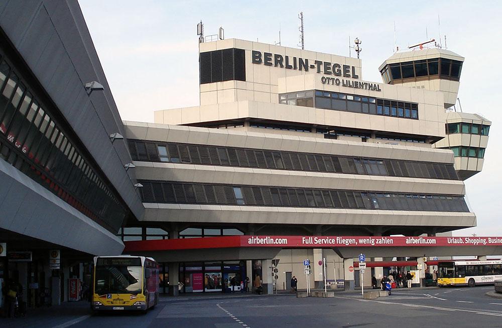 Berlin airport wheelchair accessibility for Flughafen tegel