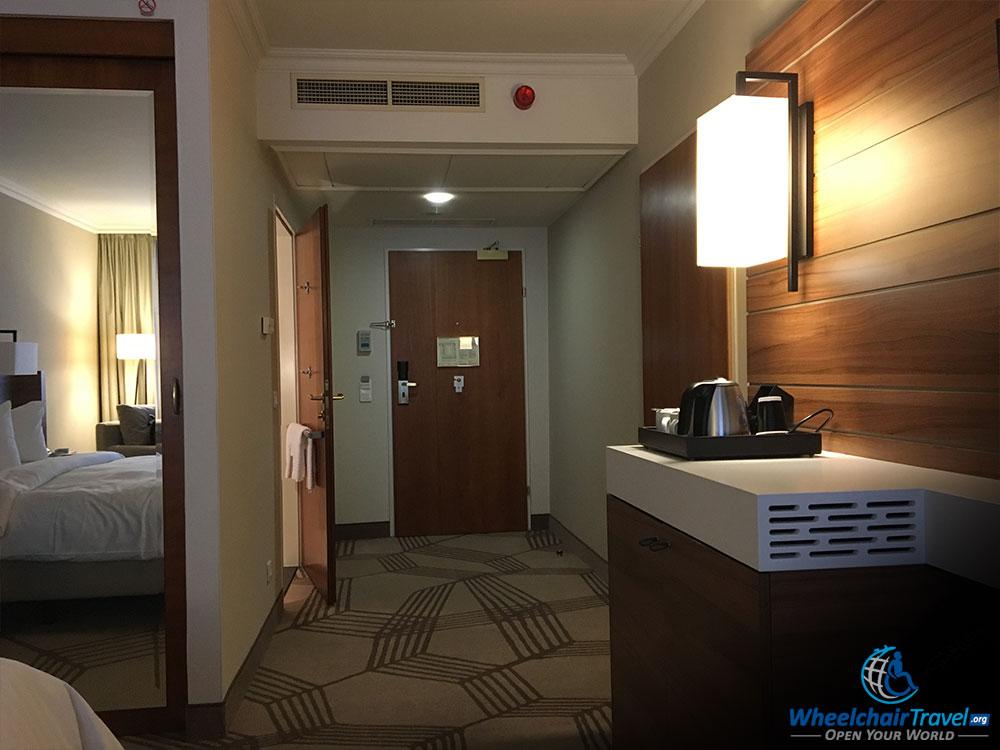 Review prague marriott hotel wheelchair access for Handicap hallway width