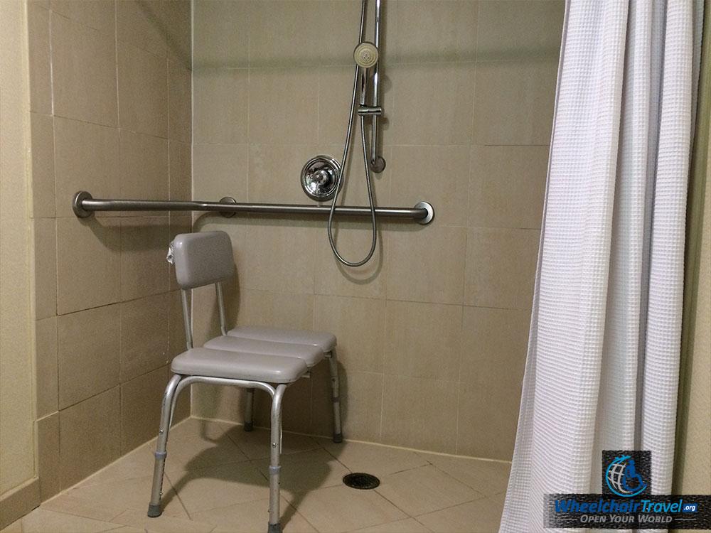 Review Renaissance St Louis Airport Hotel Wheelchair