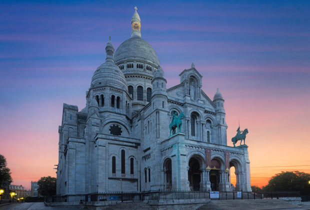 PHOTO: Basilica of the Sacred Heart in Paris, France.