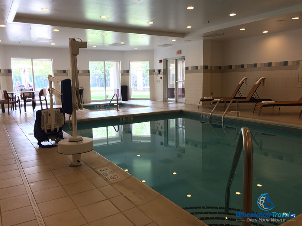 Review Courtyard Marriott Edison Nj Wheelchair Access