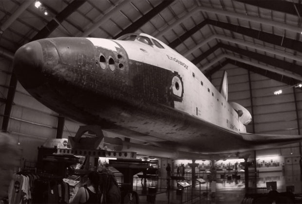 PHOTO: Space Shuttle Endeavour at California Science Center