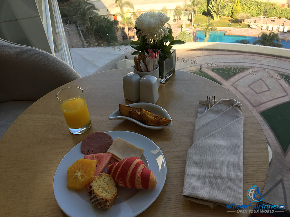 Breakfast at the Le Méridien Cairo Airport Club Lounge